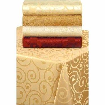 tablecloth%20JoAnns.jpg